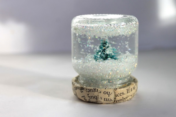 homemade snowglobe